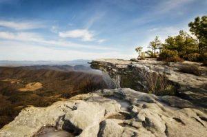 mcafee-knob-roanoke-appalachian-trail-jefferson-naitonal-forest-ksteryous-flickr